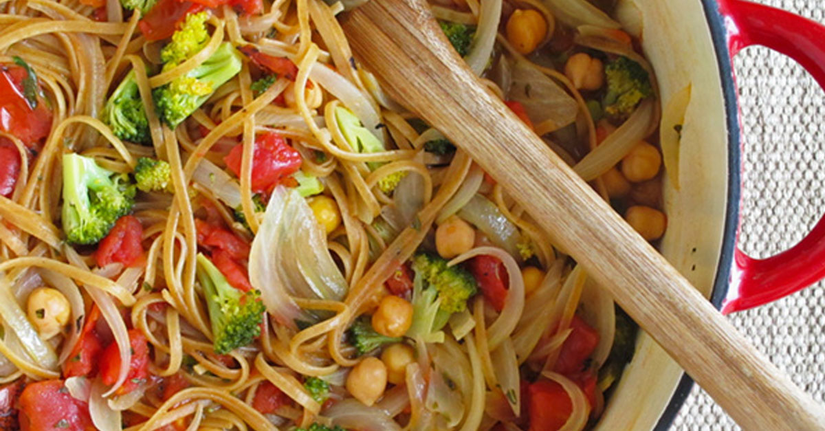 One-Pot Tomato and Bean Pasta