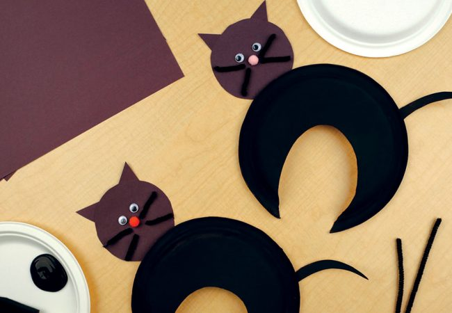 DIY paper cats made with paper plates, felt and paint